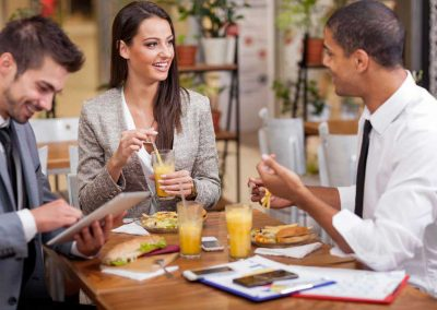Medium-group-of-young-Business-people-enjoy-in-lunch-at-restaurant
