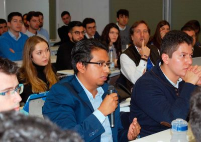 1.Jornada de Investigación en Auditoria en la sede de Auditores Madrid ICJCE. Estudiantes de MACAM