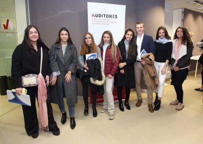 'Auditor por un día' en la sede de Auditores Madrid ICJCE. Grupo de estudiantes asistentes